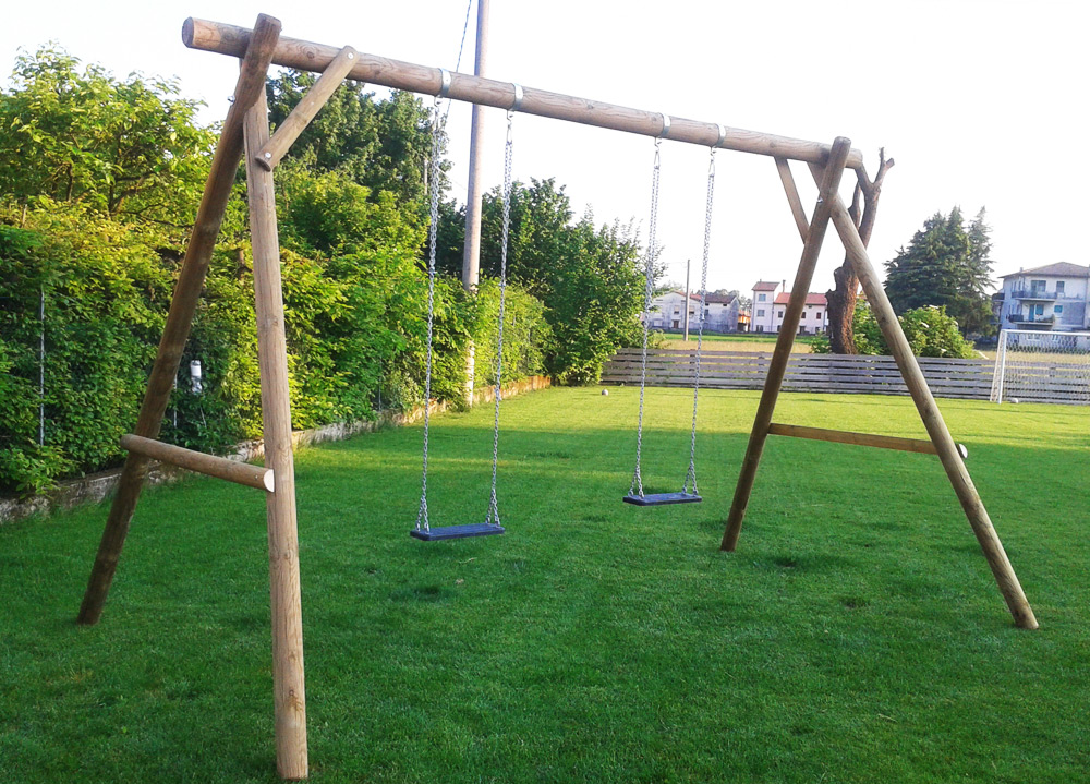 Giochi da giardino altalene legno scivoli - Altalena per giardino ...