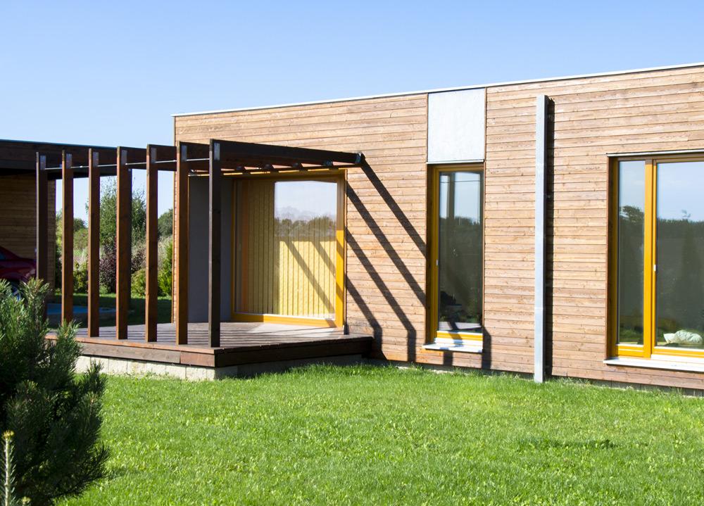 Case in legno bioedilizia abitazioni in legno for Durata casa in legno