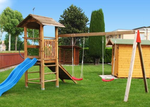 Giochi da giardino altalene legno scivoli for Scivoli da giardino ikea
