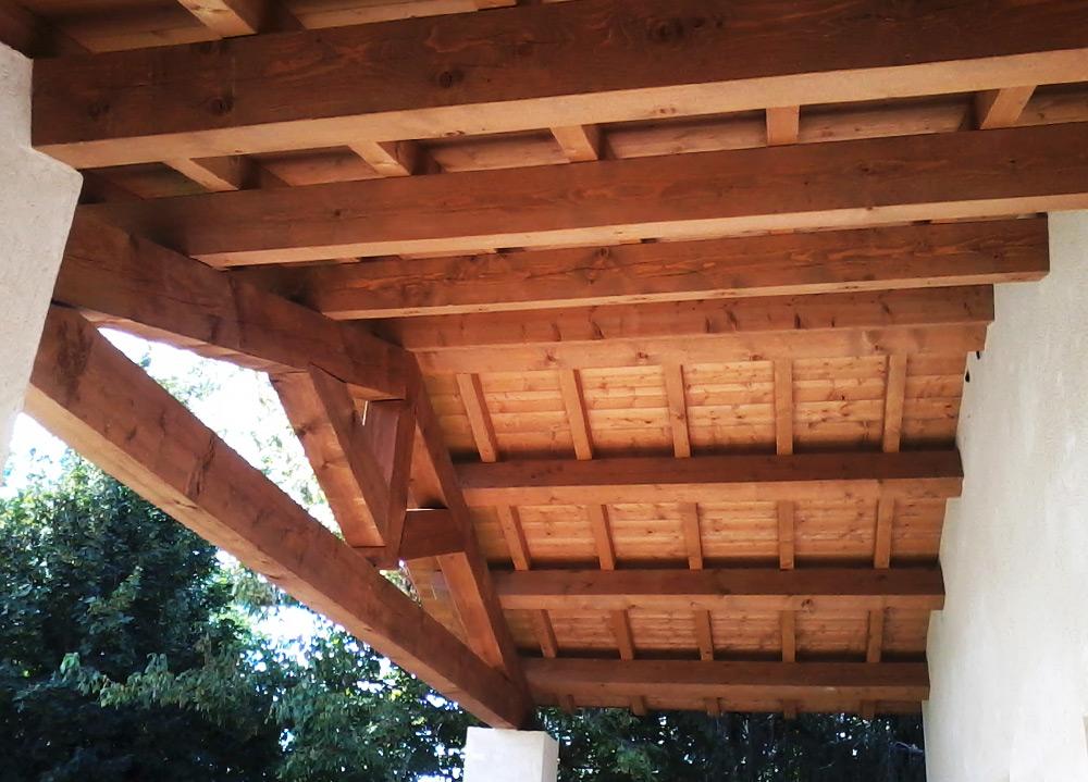 Tetti in legno rifacimento di tetti coperture in legno for Progettazione di mobili lavorazione del legno